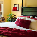Alpine Suite - King Tempurpedic bedding, luxurious linens