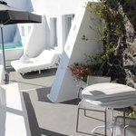 Katikies Suite - terrace area