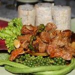 khmer beef lock lak