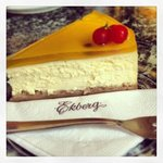 delicious cheesecake.
