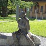 ホームズの銅像