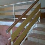 camera e salotto a piani sfalsati (split in basso..)