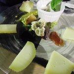 Assiette di formaggi rari e d'alpeggio