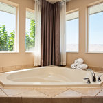 Honeymoon suite spa tub