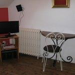 Chambre avec télévision et Wifi