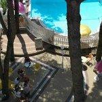 Scorcio dell'angolo relax adiacente alla piscina
