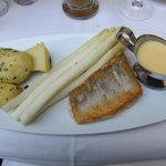 Perch with white asparagus and potatoes