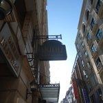 ANUNCIO DEL HOTEL