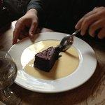 Fondant au chocolat, crème anglaise.