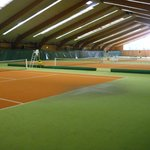 Excelent tennis courts