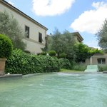 Maison et piscine,jacuzzi