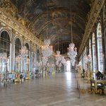 Our tour was superb (My photo of Hall of Mirrors)