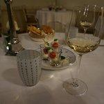 夕食時 ベネチアグラスが素敵です。