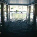 бассейн с морской водой в СПА центре