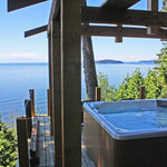 Ocean view deck perched in the trees!