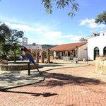 Plaza del Hotel El Pueblito Resort