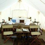 Safari tent (not deluxe)