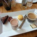 LA CAFE GOURMAND
