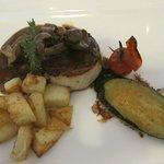 Filet of beef, roasted potatoes, vegetables