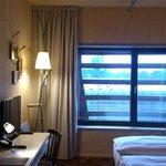 Raphael Hotel Walderhaus - Typisches Zimmer in Holz
