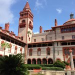 Inn is close to Flagler College