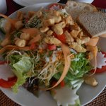 CHIGICHIK SALAD,mixed salad plate with slices of fried chicken breast