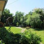 Le jardin autour de la pension