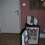 mini bar - small bar -