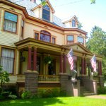 Front of B & B BEEKMAN HOUSE, Dundee, NY (Finger Lakes)