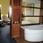 La baignoire dans la chambre