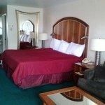 Room 106, excellent!