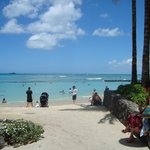 la spiaggia a pochi passi dall'hotel