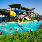 Аквапарк Black Mountain Water Park