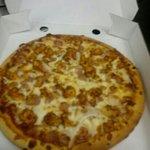 spicy chicken pizza hot hot hot :)