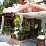 Taverna Olympia Zia Entrance