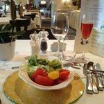 inizio della prima cena (con aperitivo di benvenuto)