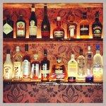 Detalle de barra del bar inglés