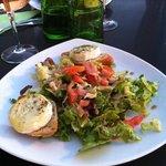 bonne salade au cabécou