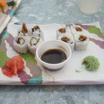 Overpriced and bad tasting Fried and Burnt Crab Sushi- Nickel Size $10
