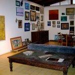 Inside la Galeria