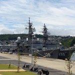 倉島岸壁に係留中の護衛艦