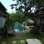 private pool shared amongst 4 villas; good place to mingle with the other villa guests