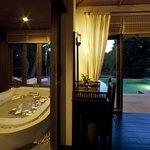 GLOW Elixir Koh Yao Yai - Two Bedroom Pool Suite 3