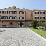 Photo de Hotel Villa Luigi