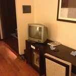 Room 3 - old TV for 4 stars