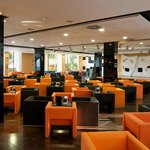 Cafetería - Lobby Bar