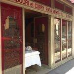 Shri Ganesh Façade droite au 1, rue Guillaume Tell