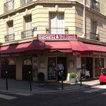 Shri Ganesh Façades 1 rue Guillaume Tell et 62 rue Laugier