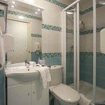 Salle de bain chambre économique