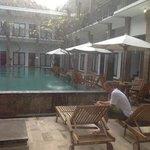 Photo de Apartment Kuta A1